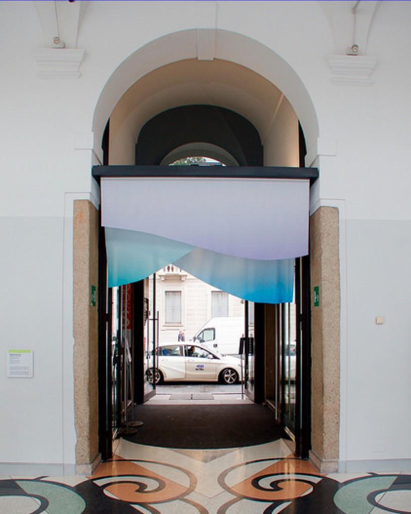 ミラノ暖簾